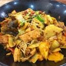 MAMA LALA  Awesomeness: 7/10  #instafood #instadaily #instapic #food #foodporn #foodphoto #foodphotos #foodphotography #foodie #foodiegram #foodlover #foodbeast #getinmybelly #singapore #foodphotography #sgfood #foodpornsg #keto #yummy #igsg #sgfoodie #vegetables #wheretoeatsg #protein #china #food52 #chinesefood #mala #meat #food52grams #burpple