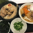 We love the 2 new udon from @tamoyasg : Black Garlic Tonkutsu Udon and Tonjiru Onsen Udon 😋 Plus point: they have free condiments !!!