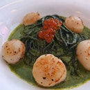 Quaint Restaurant Specialised In Tuscan Cuisine