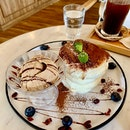 Tiramisu Soufflé Pancake