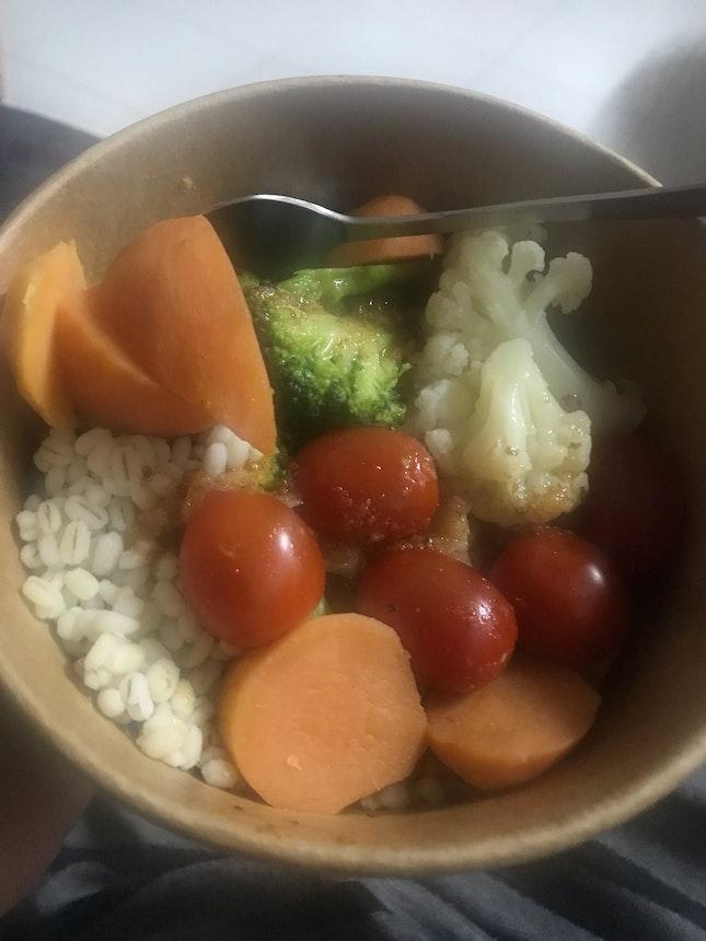 Cajun Shrimp Salad Bowl