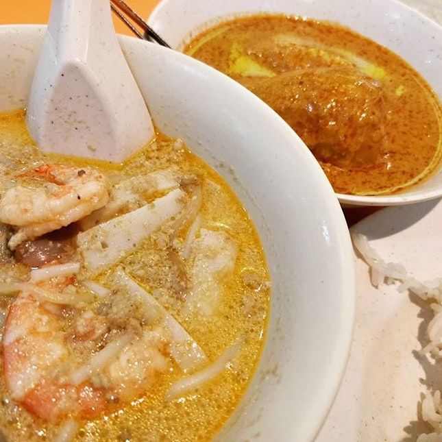 #cxyi laksa and curry chicken rice at queensway.