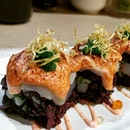 #cxyi scallop mentaiko maki with the supposedly healthier rice is a nice change.