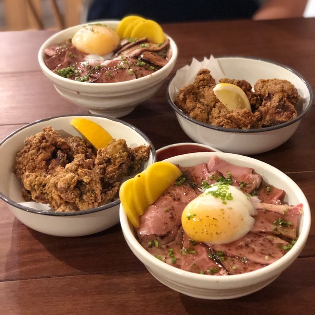 Truffle Beef Bowl With Fried Chicken
