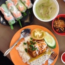 Lemon Grass Chicken Rice With Steamed Egg & Rice Rolls