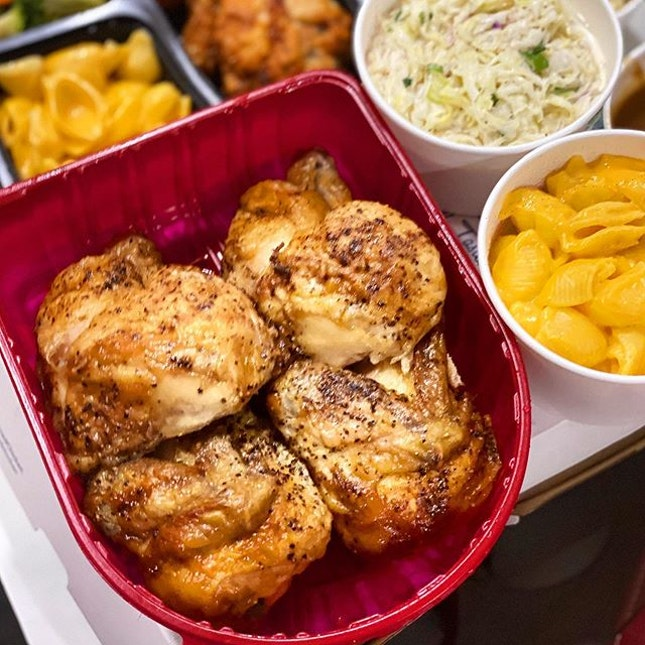 When I learnt that Kenny Rogers offered islandwide delivery, I knew I just had to order their famous roast chicken!