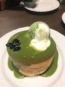 Green Tea soufflé Pancake ($12.50)