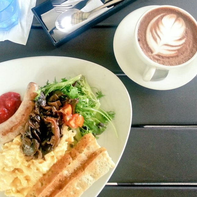 GRUB Breakfast Set