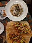 Vongole Linguine & Mexican Chicken Pizza