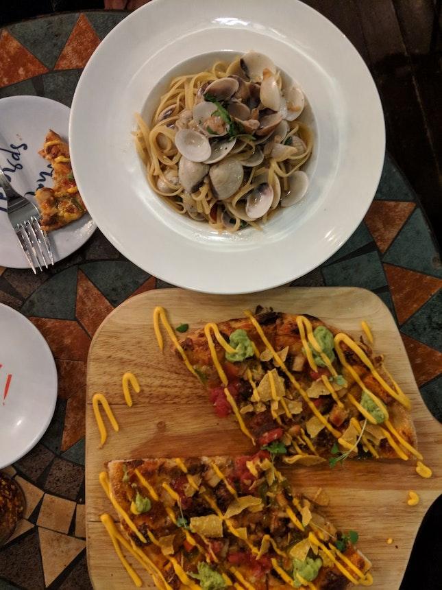 Vongole Linguine & Mexican Chicken Pizza