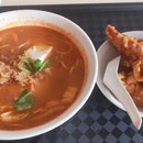 Fried Fish Tom Yum Soup ($4)