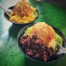 """Nyonya Chendol & HE ZHONG CARROT CAKE"" ・ 📌Bukit Timah Market and Food Centre ・ Chendol is the one of traditional sweet."