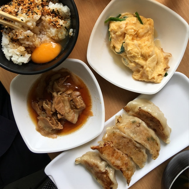 Pork Gyoza Set ($13.90)