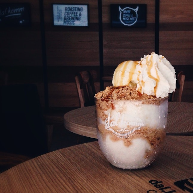 Apple Crumble Bingsu @ Dal.komm