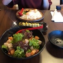 Chirashi salad, Salmon udon & Egg rolls with truffle