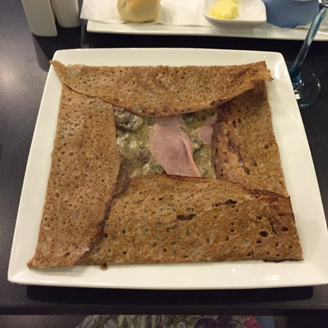 Ham & Mushroom Crepe
