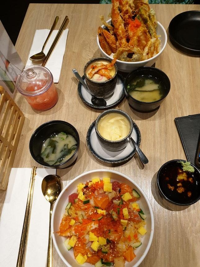 Superb Jap bowls