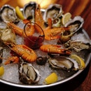 French Traditional Christmas Seafood Platter
