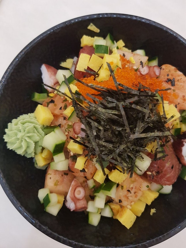 The Chirashi Don Is Good And Worthy Of 1 For 1.