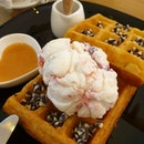 Honey B Cafe