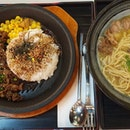Dinner at Omoomom