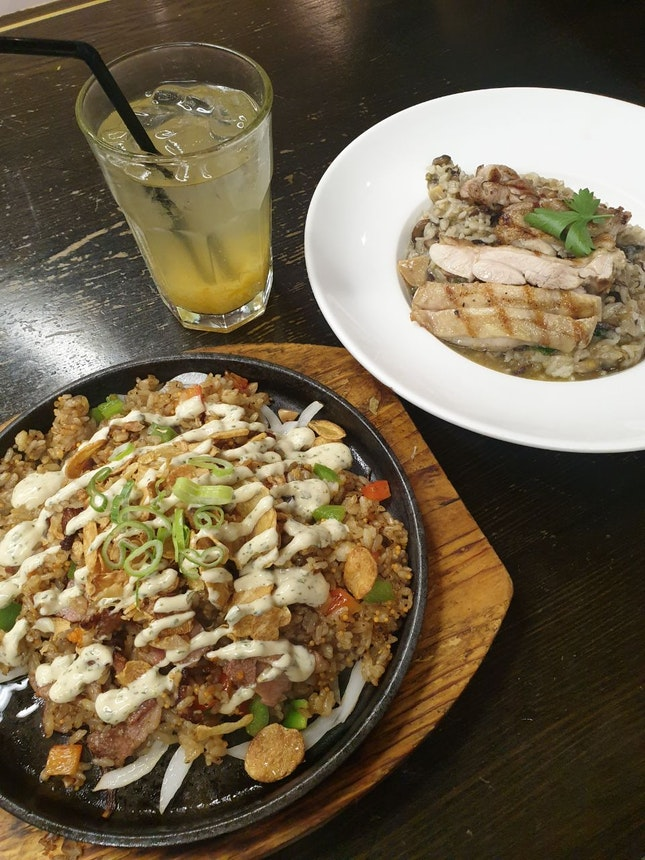 Garlic Sizzling Rice & Grilled Chicken Risotto
