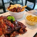 Sticky Ribs And Great Crumble