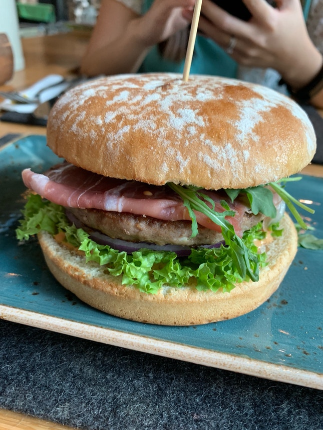 Hans Im Gluck Burger