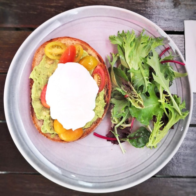Avocado & Toast (S$16++) || @OrioleCoffee