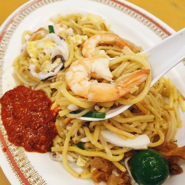 Ranking 42nd on the Top 50 World's Street Food Master, this plate of hokkien mee felt pretty average.