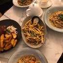 Crabmeat Pasta, Pork Ribs, Truffle Fries