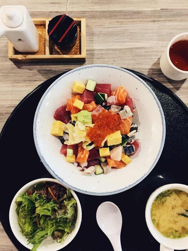 Set Meal Chirashi Bowl