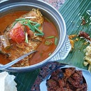 small curry fish head ($23.50) @ karu