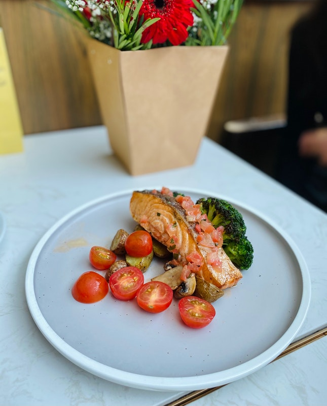 Grilled Salmon Fillet with Tomato Salsa ($28++)