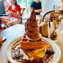 Classic Waffle W/ Valrhona Chocolate Ice Cream