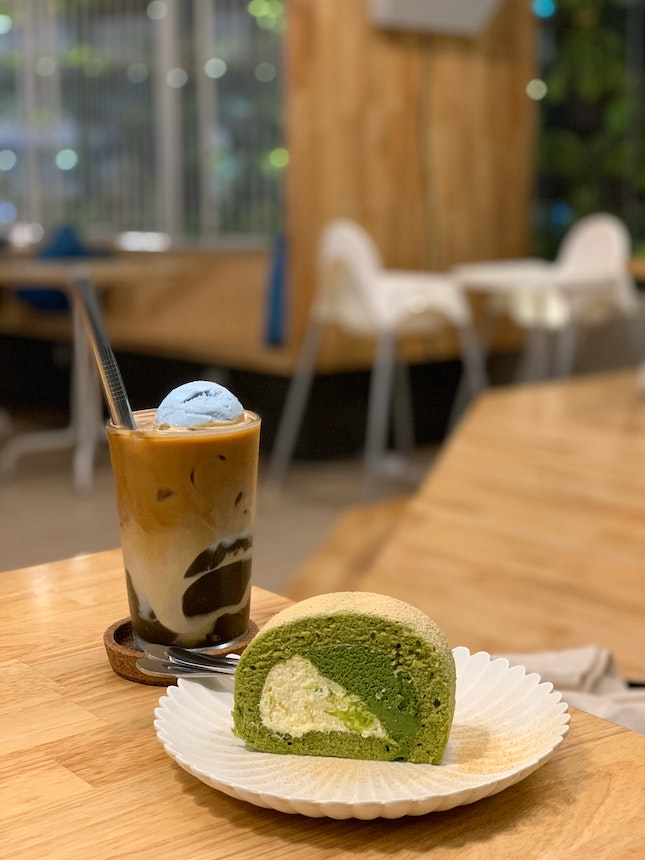 Matcha Roll & Iced Latte w/ Madagascar Vanilla Ice Cream.