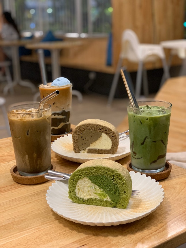 Houjicha Roll, Matcha Roll, Iced Latte, Iced Earl Grey Latte And Iced Matcha Latte.