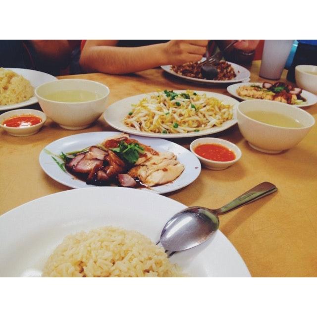 Local Food Around PJ.