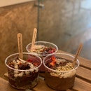Spiced Nutmeg Acai Bowl