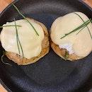 Crab Meat Egg Benedict