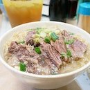 Kau Kee's sliced beef noodles in broth || Gough Street, Hong Kong.