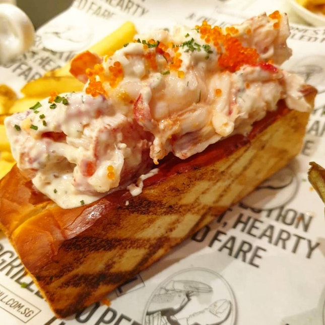 Signature Lobster Roll