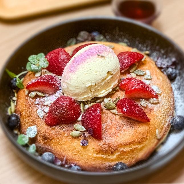 Berry Ricotta Hotcake