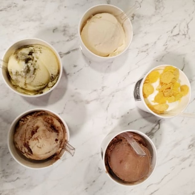 Boozy-woozy ice cream .