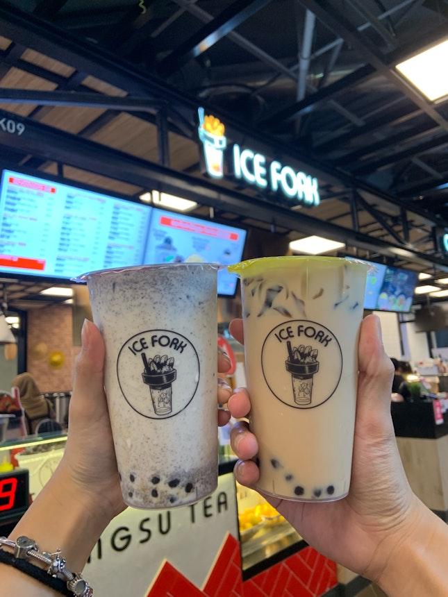 Oreo Milk Bubble & 3 Bros Milk Tea