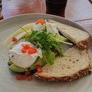 Eggs Florentine - decent