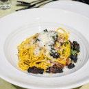 Spaghettini Alla Carbonara con Guanciale