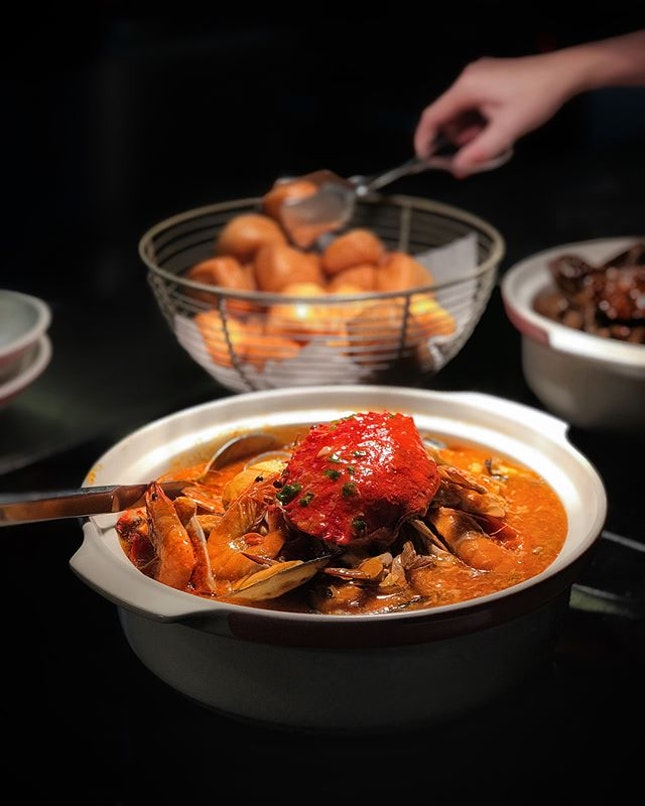 @onefarrerhotelandspa presents 'She11 We' Seafood Spread at Escape Restaurant & Lounge !