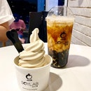 """Thank you for the next time"" ""Isn't it good?"" Bringing soy creations to another level, @soylabmy tops our list for their intensely creamy soy soft serve 🍦 , soy milk with black sugar pearls 🥤, and soy shaved ice 🍨 ."