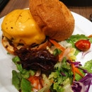 Classic Cheeseburger (14.90sgd)